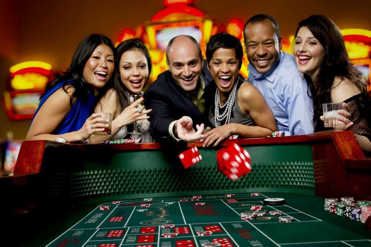คุณสมบัติ VICI และเกมเพนน์เนชันแนลรับซื้อ Greektown Casino ในดีทรอยต์รัฐมิชิแกนด้วยเงินสด $ 1 พันล้าน